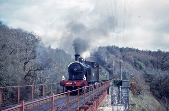 M Davies 325